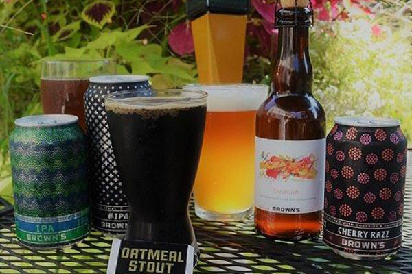 Stout beer and other cold beverages
