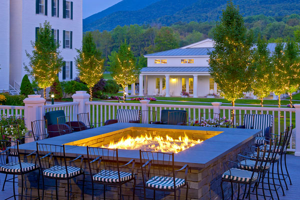 Falcon bar firepit at the Equinox Hotel and Conference Center in Manchester, VT.
